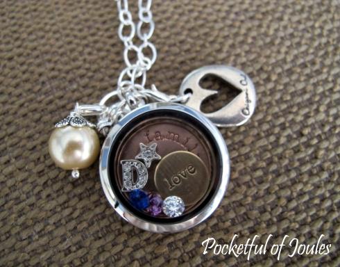necklace close up